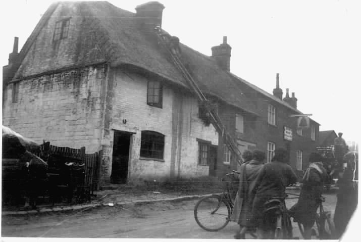 1920 - Fire Near Former Bell Inn Pub