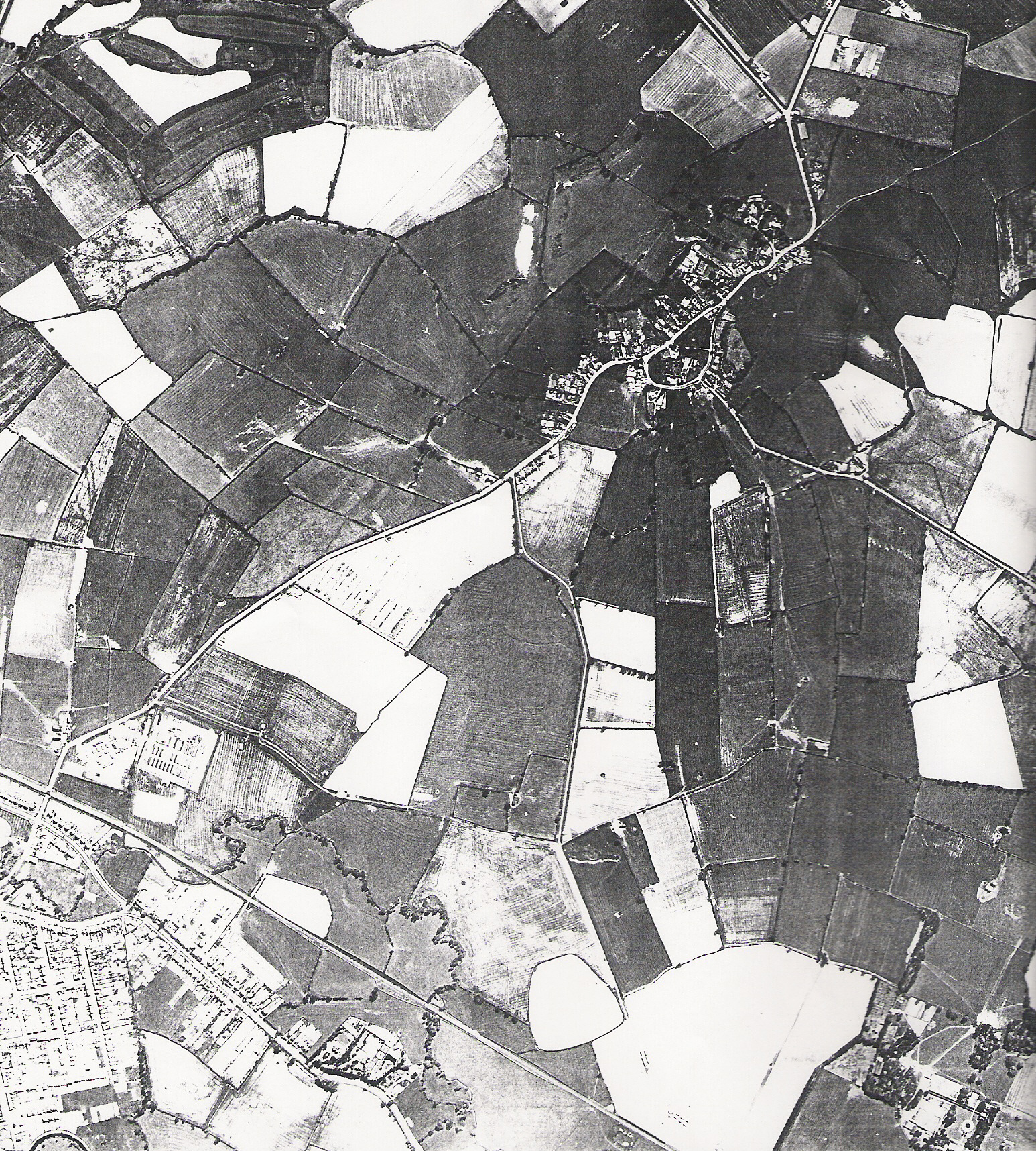 1944 Aerial View of East Farndon