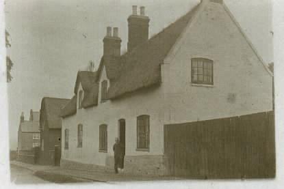 1901 - Main Street Cottage