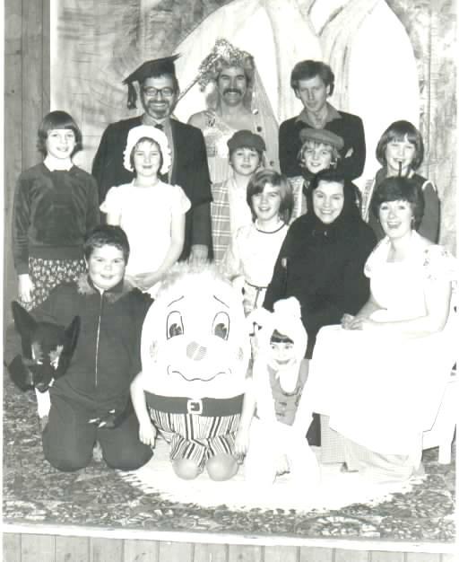 1980 - East Farndon Revue Performers
