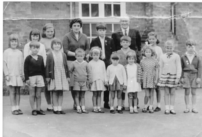 1966 - Last School Class at East Farndon