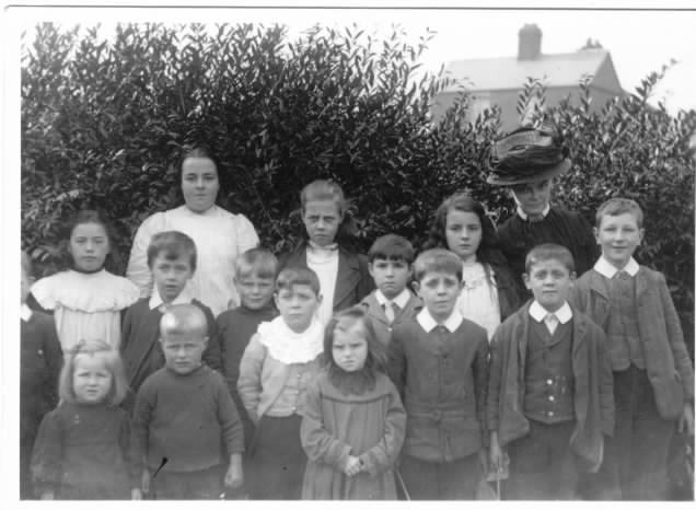 Mrs Warr and John Clifford - WW1